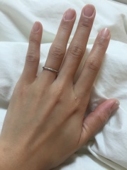 【Cafe Ring(カフェリング)の口コミ】 細めの指輪が良くて探してました。 その中でcafe ringの指輪が気になり何…