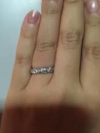 【ショーメ(CHAUMET)の口コミ】 婚約指輪ってこんなに高いものなのだと驚きましたが自分で買うようなリング…