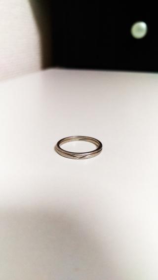 【スタージュエリー(STAR JEWELRY)の口コミ】 結婚指輪は常に付けるものなのでダイヤのついていないシンプルなものを探…