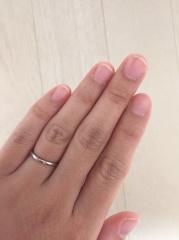 【4℃(ヨンドシー)の口コミ】 シンプルなデザインの結婚指輪を探していました。1店舗目で決めてしまっ…
