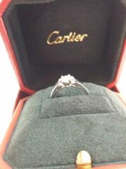 【カルティエ(Cartier)の口コミ】 かわいさを好むタイプなので、婚約指輪にもかわいさがほしいと思っていまし…