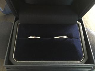 【銀座ダイヤモンドシライシの口コミ】 沢山見て歩きましたが、指にはめた瞬間のつけ心地が1番フィットし、値段も…