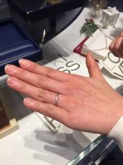 【銀座ダイヤモンドシライシの口コミ】 本当に指輪の種類が豊富で、流通している形状はほとんど揃っているのかもし…