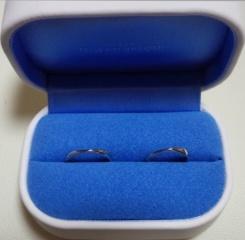 【銀座ダイヤモンドシライシの口コミ】 とにかくシンプルなもの、飽きがなく長く付けられるものを希望したが、指輪…