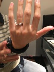 【エクセルコダイヤモンド(EXELCO DIAMOND)の口コミ】 店員さんが優しかった。その一言ですね。指輪に関しては2人とも無知で、式…