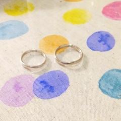 【ガラOKACHIMACHIの口コミ】 石付きではなく、少しウェーブしていて、やや細身の指輪を探していました。…
