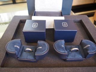 【ハリー・ウィンストン(Harry Winston)の口コミ】 婚約指輪と同じハリーウィンストンで結婚指輪も探していました。 どうして…