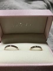 【Petit Marie(プチマリエ)の口コミ】 決め手はやっぱりデザインです。 普通の指輪よりデザイン変わったやつを考…