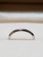 【DEAREST(ディアレスト)の口コミ】 普段づかいの指輪を 探していました  いろいろデザインがあって悩みまし…