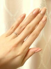 【銀座ダイヤモンドシライシの口コミ】 店員さんの対応が丁寧で優しくて安心して、ゆっくり選ぶことができました。…