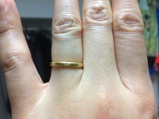 【A・D・A(エー・ディー・エー)の口コミ】 結婚指輪を購入しました。2人ともシンプルなデザインが好みで、しかも、プ…