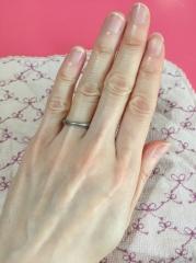 【ティファニー(Tiffany & Co.)の口コミ】 マリッジリングはダイヤ無しで、でもシンプル過ぎないものを探していまし…
