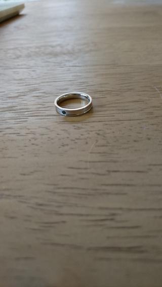 【MarriPre(マリプレ)の口コミ】 結婚指輪をなくしてしまい結婚10年の記念に新し物を購入しました。 夫の…