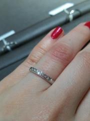 【アイプリモ(I-PRIMO)の口コミ】 結婚指輪の中でも婚約指輪のようにキラキラとしたのを探している中で見つ…