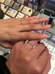 【BIJOUPIKO(ビジュピコ)の口コミ】 細さがダントツで細い指輪です。2.5ミリが今まで訪れた所では一番細かっ…