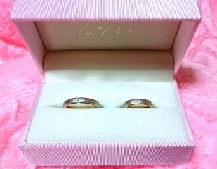 【Petit Marie(プチマリエ)の口コミ】 太めで柄のついたデザインを探していました。こちらの指輪はプラチナとピ…