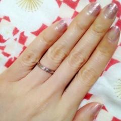 【アトリエミラネーゼの口コミ】 結婚指輪は細身でシンプルなデザインにしたいと思っていて、お店でたくさん…
