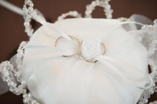 【スタージュエリー(STAR JEWELRY)の口コミ】 婚約指輪がこちらのブランドのため、結婚指輪も同じブランドで婚約指輪に…