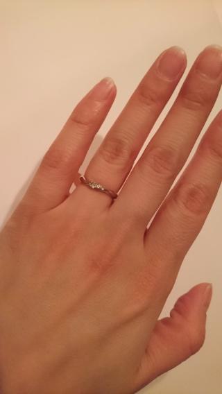 【ENUOVE(イノーヴェ)の口コミ】 華奢でシンプル、 凝ったデザイン、 ダイヤ付のリング  を探していまし…