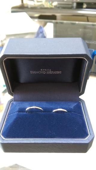 【銀座ダイヤモンドシライシの口コミ】 キラキラがいっぱいのかわいい指輪はいつでも買えるので、とにかくシンプ…
