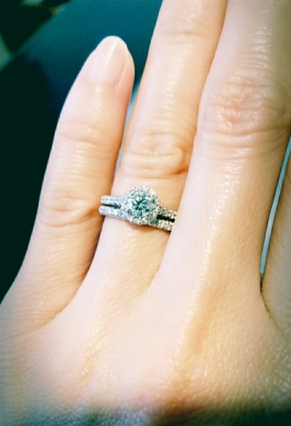 【銀座ダイヤモンドシライシの口コミ】 婚約指輪をこちらで購入していて、今回anniversaryリングとして…