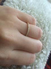 【AHKAH(アーカー)の口コミ】 婚約指輪は考えていなかったが、ゴールドがベースだという事と結婚指輪を…