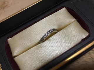 【銀座ダイヤモンドシライシの口コミ】 旦那と手の形が違いペアリングにすると片方が似合わないという相談をした…