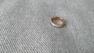 【Pure Message Sepia(ピュアメッセージセピア)の口コミ】 これから先ずっと身に着けるものなのでシンプルなデザインの指輪が欲しかっ…