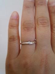 【俄(にわか)の口コミ】 自分の指が短くて太いのに悩みを感じていたので自分の指を綺麗に見せてく…