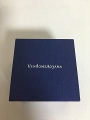 【ヴァンドーム青山(Vendome Aoyama)の口コミ】 彼が即決、サプライズで頂きました。 デザインも華奢で可愛く、細身で女性…