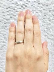 【アイプリモ(I-PRIMO)の口コミ】 イエローベースの肌に合うゴールドが入った指輪を探していましたが、ゴール…