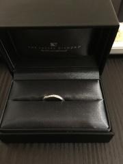 【ラザール ダイヤモンド(LAZARE DIAMOND)の口コミ】 指輪は毎日身につけるものだからこそ、綺麗でつけ心地の良いものを選びたい…