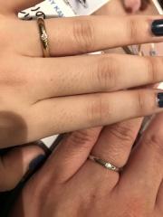 【JEWELRY  KAMATA(ジュエリーかまた)の口コミ】 ネットで見て、指輪の名前もデザインも気になり店舗に行きました。シンプ…