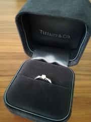 【ティファニー(Tiffany & Co.)の口コミ】 やはり有名ブランドだけあって高級感もあり、つけ心地も断然良かったです…