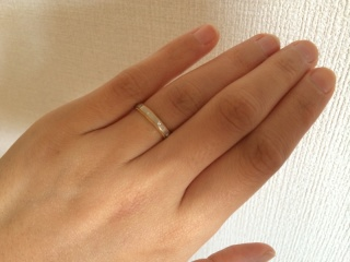 【バーニーズニューヨーク(BARNEYS NEW YORK)の口コミ】 結婚指輪はプラチナが定番ですが、普段のアクセサリーはゴールドもシルバ…