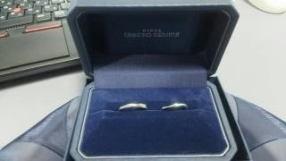 【銀座ダイヤモンドシライシの口コミ】 あまり目立たないように、細いもの、かつ常時はめているため、付け心地の良…