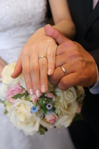【Jewel HAMA(ジュエルはま)の口コミ】 ちょうど指輪を購入したいと思っていた所、知人から、自分達で指輪作れるよ…