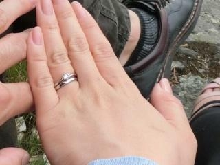 【4℃(ヨンドシー)の口コミ】 婚約指輪を買ってくれるすぐ前のクリスマスに、彼が4°Cのネック…