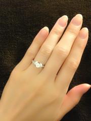 【ティファニー(Tiffany & Co.)の口コミ】 ダイヤ自体のサイズは決して大きくは無いのですが、リボン型となっている…