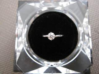 【ラザール ダイヤモンド(LAZARE DIAMOND)の口コミ】 購入する前にいろんなお店を見て回りましたが、ダイヤモンドの輝きがずば抜…