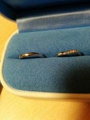 【銀座ダイヤモンドシライシの口コミ】 指に違和感なく、つけられたので決めました。 好きなデザインで値段も手頃…