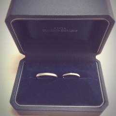 【銀座ダイヤモンドシライシの口コミ】 「リングの素材、デザイン、石の色やカット、配置を二人で自由に組み合わ…