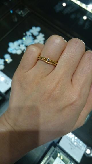 【JEWELRY  KAMATA(ジュエリーかまた)の口コミ】 限られた予算の中で買えるもの、という基準で指輪を探していたのですが、…