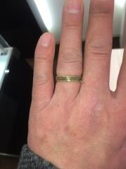 【JEWELRY  KAMATA(ジュエリーかまた)の口コミ】 ゴールドの指輪は今まで着けた事はありませんでしたが試着ということで実験…