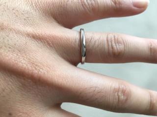 【銀座ダイヤモンドシライシの口コミ】 いろいろなお店を回り試着しましたが、銀座ダイヤモンドシライシのデザイ…