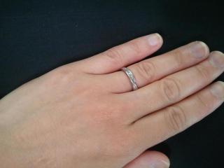 【スタージュエリー(STAR JEWELRY)の口コミ】 結婚指輪はシンプルに限りますが、欲張りな私はどうしても人と少し違う感じ…