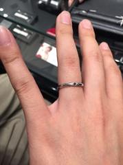 【エクセルコダイヤモンド(EXELCO DIAMOND)の口コミ】 ブラックダイヤの意味が気に入り、ブラックダイヤの入ったリングを探してい…