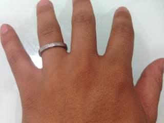 【ハリー・ウィンストン(Harry Winston)の口コミ】 男性用の結婚指輪を探していました。女性用のものでこちらの指輪でいいもの…