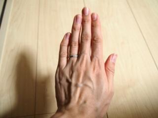 【スタージュエリー(STAR JEWELRY)の口コミ】 指が細く見えるデザインであること。ツイストのデザインが好きで、その系…