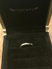【ヴァン クリーフ&アーペル(Van Cleef & Arpels)の口コミ】 家事や生活をする上で傷がいきにくいもの、そして引っかかったりしたいも…